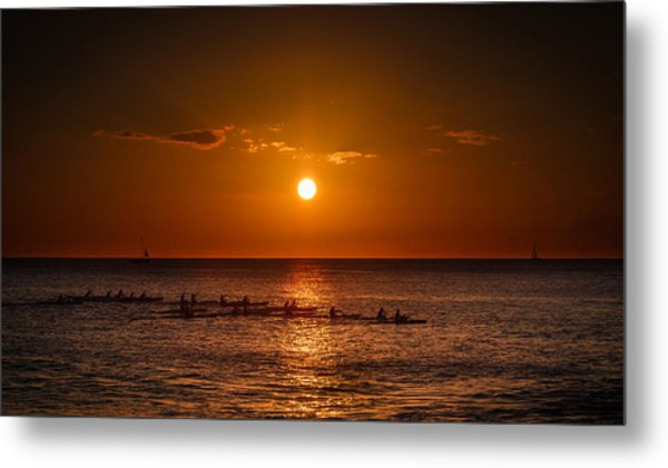 Paddle Into The Sunset In Hawaii Metal Print