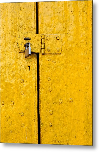 Padlock On An Old Yellow Door Metal Print