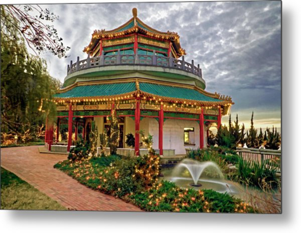 Pagoda In Norfolk Virginia Metal Print