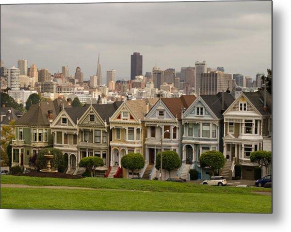 Painted Ladies Row Houses And San Francisco Skyline Metal Print