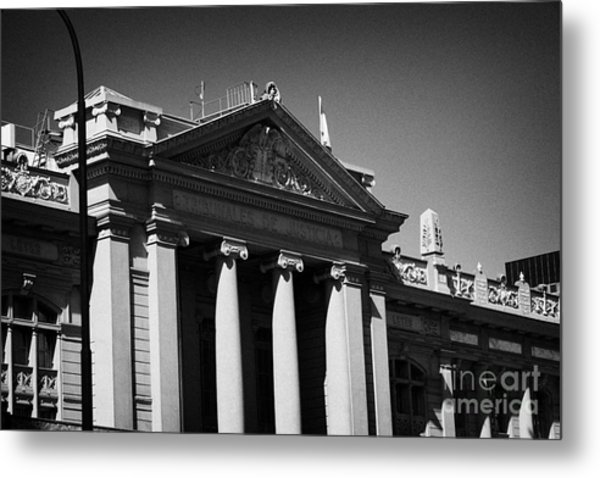 palacio de los tribunales de justica courts of justice palace Santiago Chile Metal Print by Joe Fox