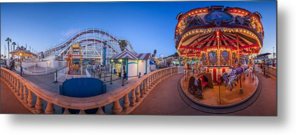 Panorama Giant Dipper Goes 360 Round And Round Metal Print