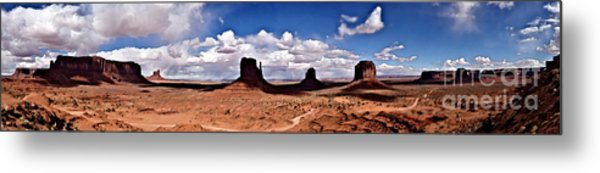 Panorama - Monument Valley Park Metal Print
