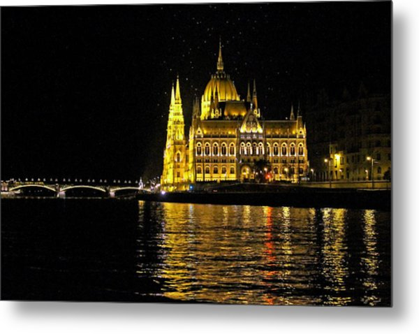 Parliament At Night Metal Print