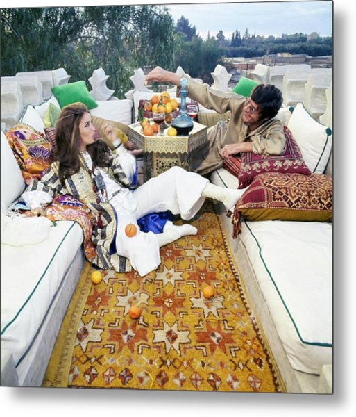 Paul And Talitha Getty On Roof Terrace Metal Print