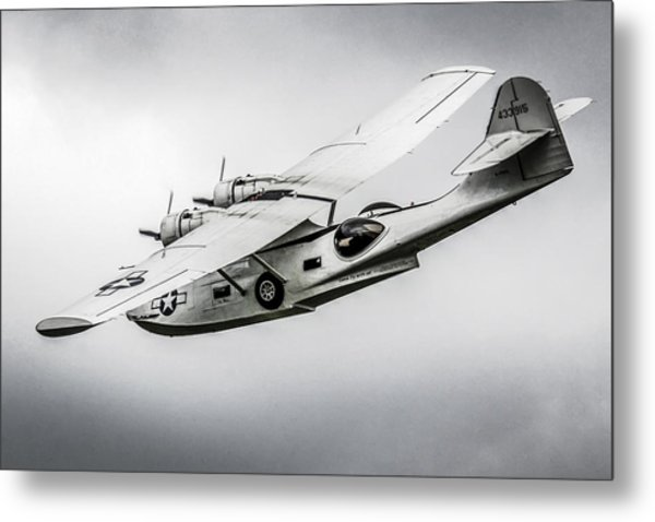 Pby-5a Sub Hunter Metal Print