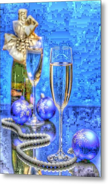 Pearls Metal Print by Tracie Howard