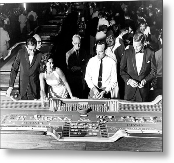 People At Craps Table Metal Print by Richard Waite