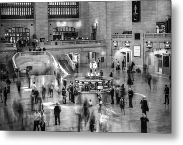 People At The Grand Central Station Metal Print