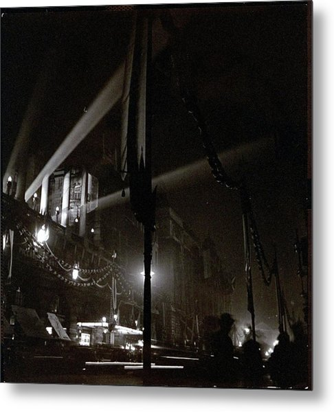 Piccadilly Hotel In London Metal Print