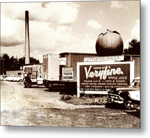 Picture 16 - New - Veryfine Metal Print