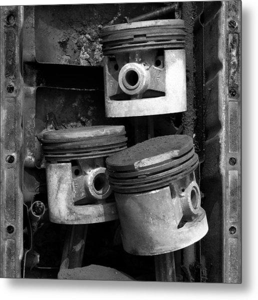 Pisotons In A Pan Metal Print