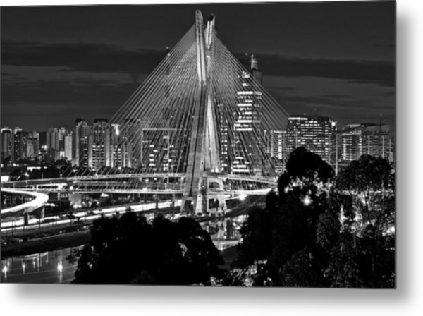 Sao Paulo - Ponte Octavio Frias De Oliveira By Night In Black And White Metal Print