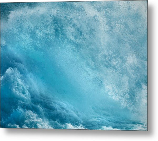 Pounding Waves Metal Print by Leland D Howard