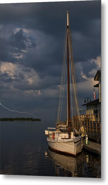 Preparing For The Storm Metal Print