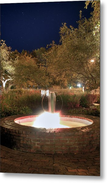 Prescott Park Fountain Metal Print by Joann Vitali