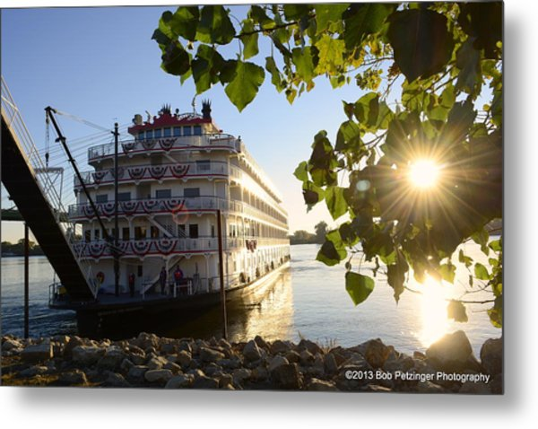 Queen Of The Mississippi Metal Print by Bob Petzinger
