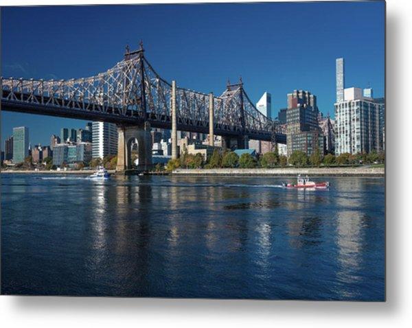 Queens Bridge To Roosevelt Island, New Metal Print