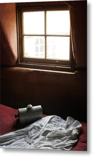 Ready For Bed Metal Print by Stephen Norris