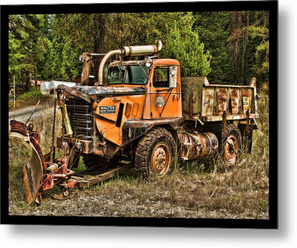 Ready For Snow By Ron Roberts Metal Print