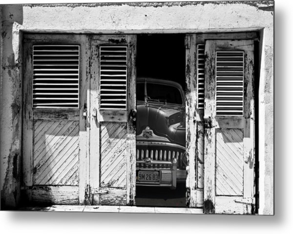 Ready To Roll Metal Print by Larry Butterworth