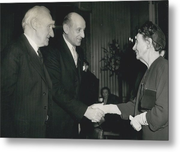 Reception To Mark Award Of Nobel Prize Metal Print by Retro Images Archive