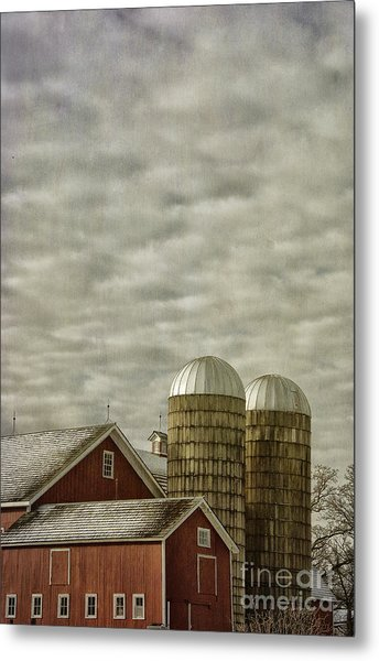 Red Barn With Two Silos Metal Print