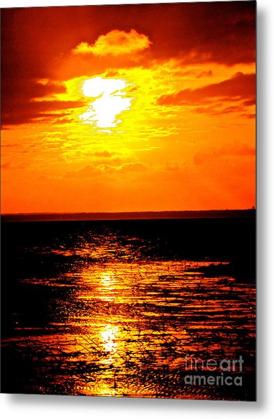 Red Rage Of Dusk Metal Print by Q's House of Art ArtandFinePhotography