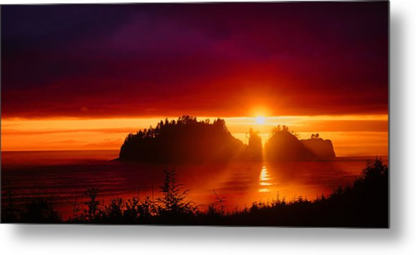 Renaldo Beach Sunset Metal Print