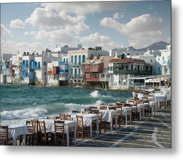 Restaurant Tables On The Mykonos Metal Print by Ed Freeman