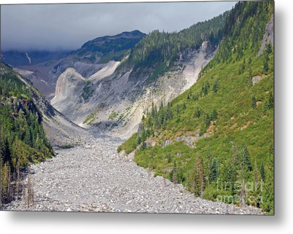 Restless Glaciers At Mount Rainier National Park Metal Print