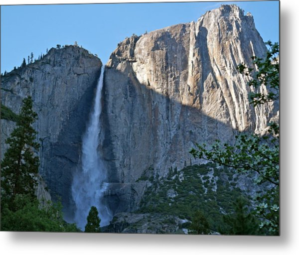Rising Sun At Upper Yosemite Falls Metal Print