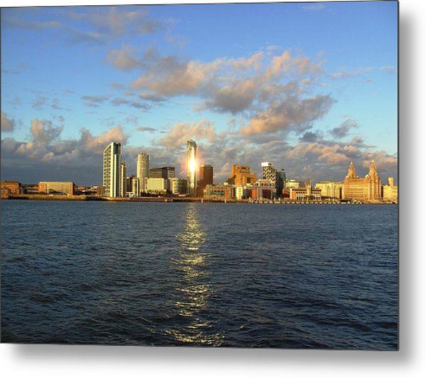 River Mersey And Liverpool Waterfront Metal Print