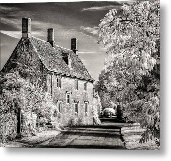 Road House Metal Print