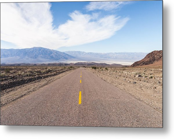 Road To Death Valley Metal Print