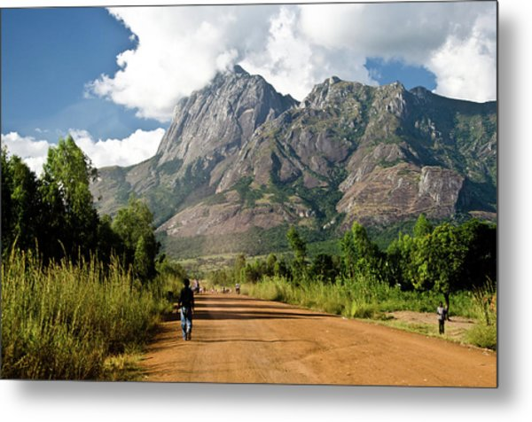 Road To Mount Mulanje Metal Print