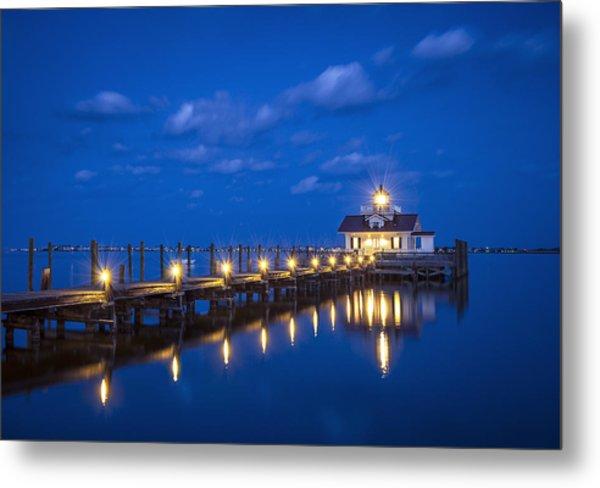 Roanoke Marshes Lighthouse Manteo Nc - Blue Hour Reflections Metal Print
