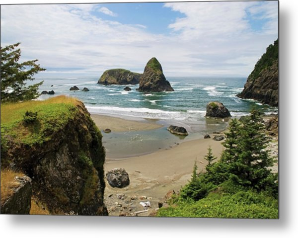 Rock Formations In The Water And Beach Metal Print