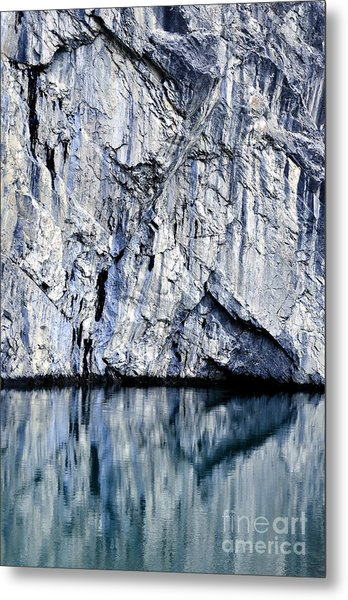Rocky Reflection Metal Print