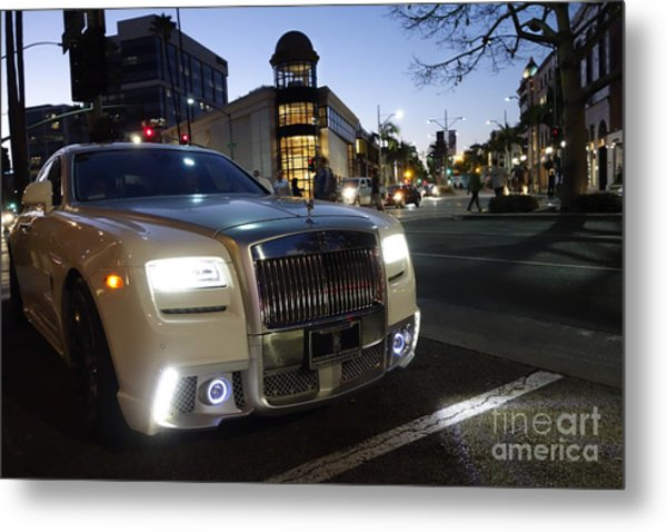Rolls Royce Parked At The Bottom Of Rodeo Drive Metal Print