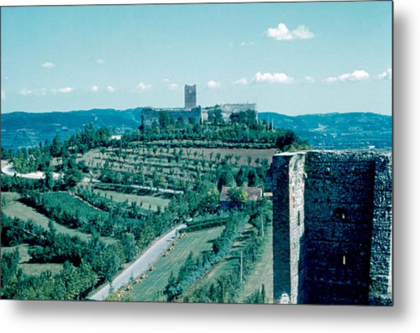 Romeo Castle 1962 Metal Print by Cumberland Warden
