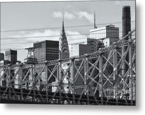 Roosevelt Island Tram And Manhattan Skyline II Metal Print