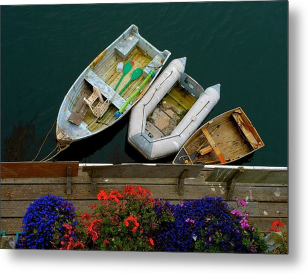 Rowboat Family Metal Print