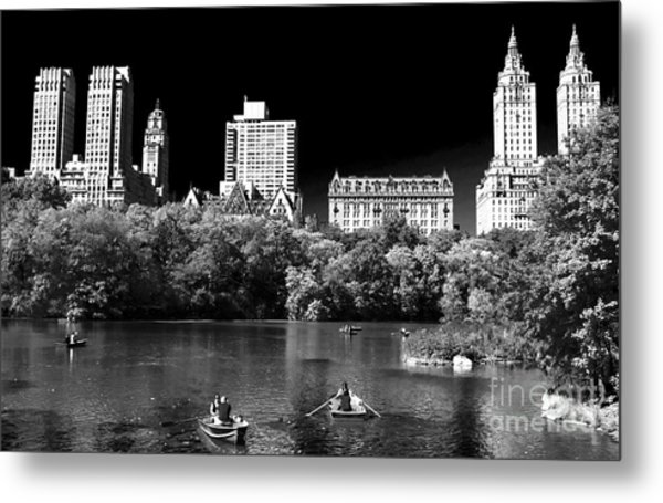 Rowing In Central Park Metal Print