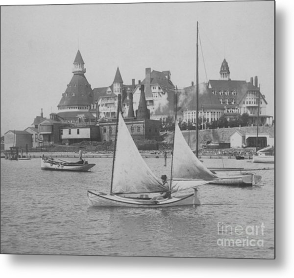 Metal Print featuring the photograph Sailing The Del Bw by Glenn McNary