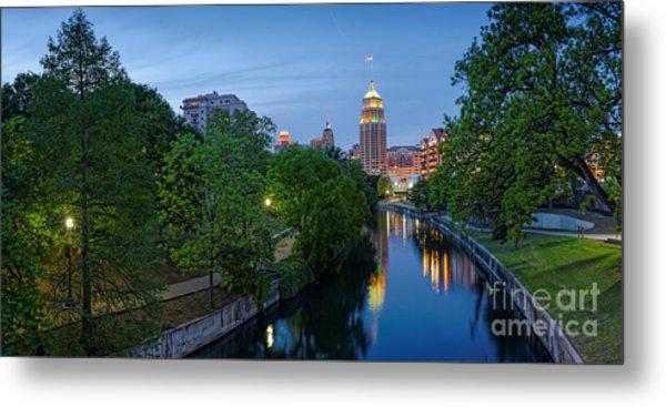 San Antonio Skyline Tower Life Building And Riverwalk From Cesar Chavez Boulevard - Texas Metal Print