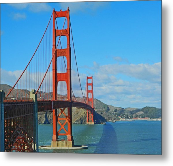 San Francisco's Golden Gate Bridge Metal Print