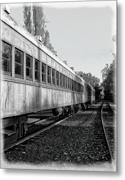 Metal Print featuring the photograph Sierra Railway On The Tracks by William Havle
