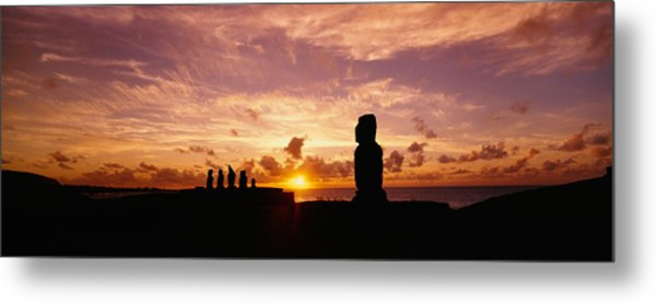 Silhouette Of Moai Statues At Dusk Metal Print