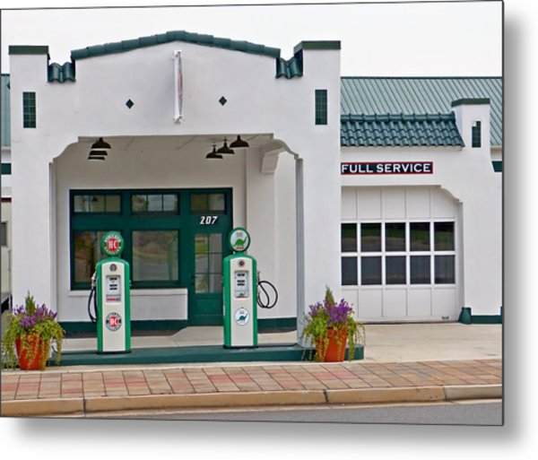 Sinclair Gas Station Metal Print